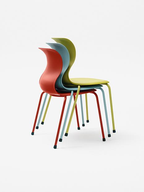 Flötotto Pro Stühle gestapelt