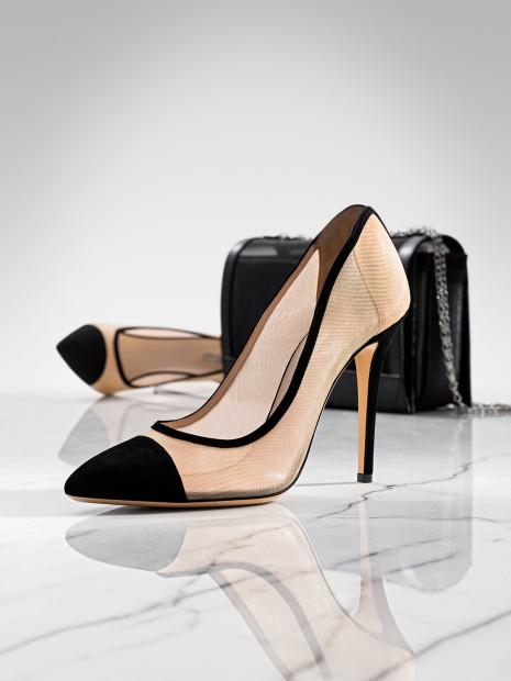 Harpers Bazaar - Armani Schuh